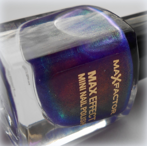 max factor fantasy fire bottle