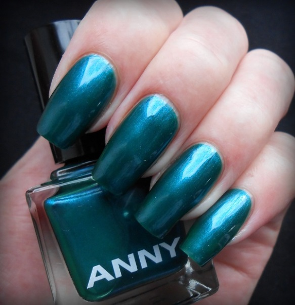 anny-crazy-shot