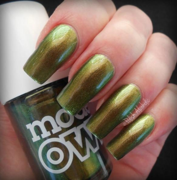 mo - golden green